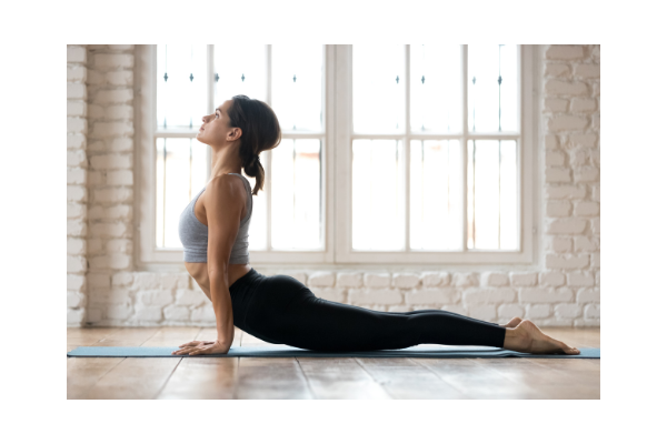 vinyasa yoga luberon yoga 600x400